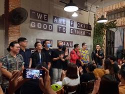 Nhóm hài độc thoại hiếm hoi tại Việt Nam: Nơi bạn trẻ đi tìm tiếng cười