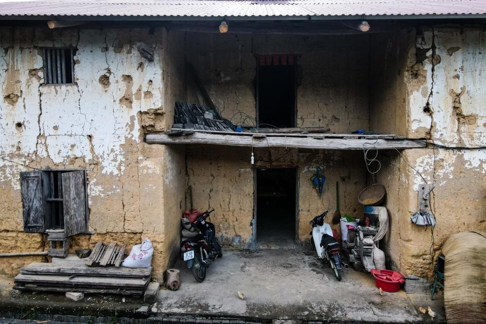 """Độc đáo """"pháo đài đất sét"""" 2 tầng gần 200 tuổi ở Lạng Sơn"""