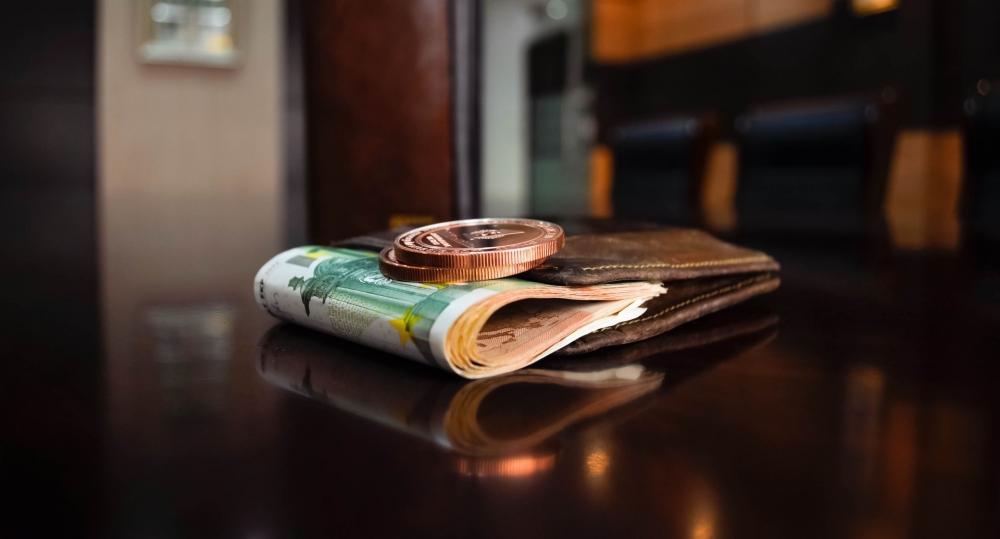 Tỷ giá ngoại tệ hôm nay 19/9: USD bất ngờ giảm giá