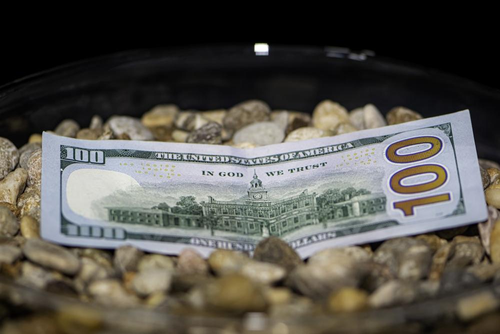 Tỷ giá ngoại tệ ngày 24/9: USD tiếp tục tăng, Ngân hàng Nhà nước tăng tỷ giá trung tâm