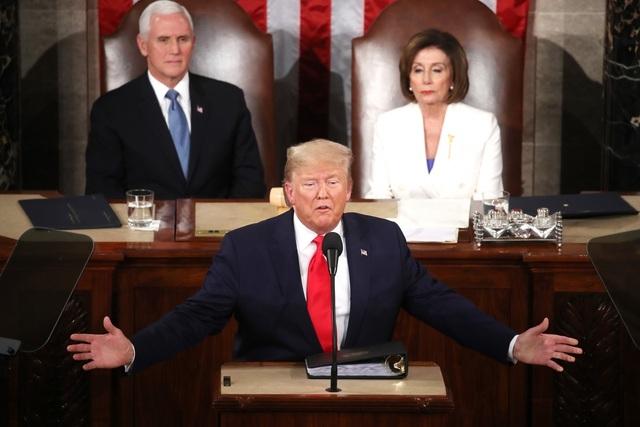 Trong trường hợp tổng thống Mỹ không thể tiếp tục điều hành chính phủ, tổng thống có thể chuyển giao quyền lực tạm thời cho phó tổng thống hoặc chủ tịch Hạ viện. (Ảnh minh họa: Reuters)