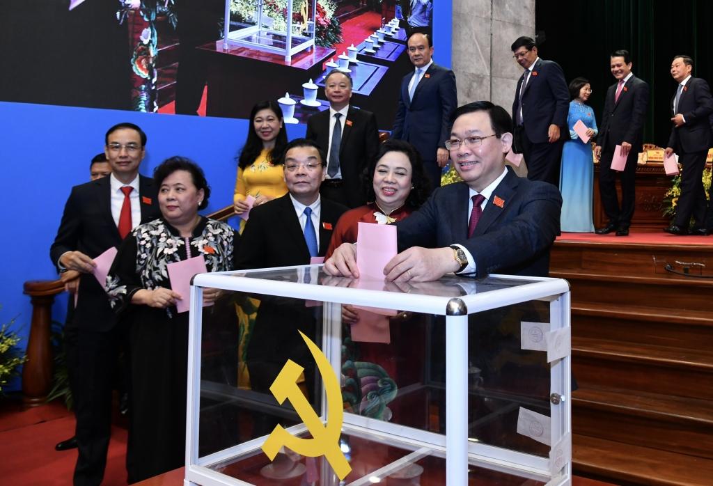 Đại hội Đảng bộ TP Hà Nội lần thứ XVII bầu 71 đồng chí vào Ban Chấp hành khóa mới