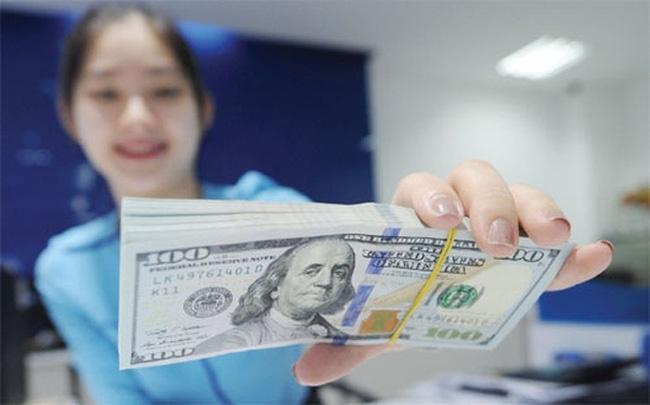 Tỷ giá ngoại tệ 18/10: Đô la Mỹ có tuần tăng cao nhất tháng