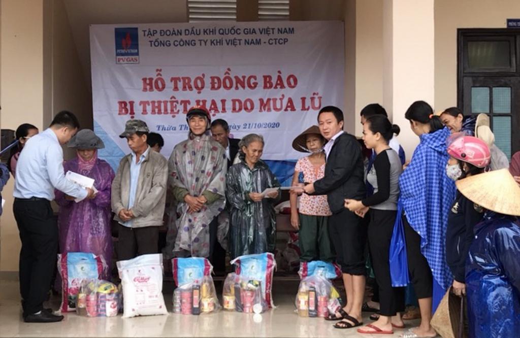 PV GAS: Ủng hộ 600 triệu đồng cho Huế và Quảng Trị ngay trong cơn bão số 8