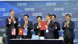 """PV GAS và Tập đoàn AES ký kết """"Thỏa thuận các điều khoản chính của Hợp đồng liên doanh dự án kho cảng LNG Sơn Mỹ"""""""
