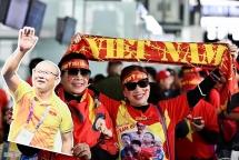 Hàng trăm CĐV lên đường sang Philippines cổ vũ U22 Việt Nam