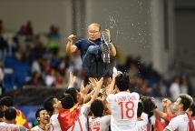 HLV Park Hang-seo rơi lệ khi nói về HCV SEA Games