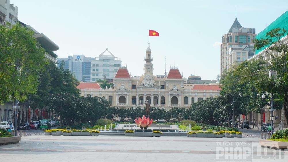 TP Hồ Chí Minh: Cấm xe vào đường Nguyễn Huệ trong đêm giao thừa
