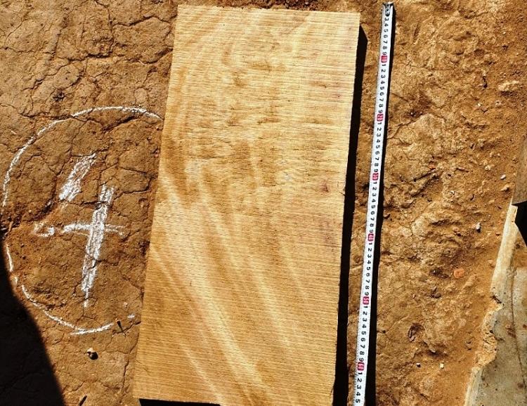 Mâu thuẫn trong đám giỗ, thanh niên dùng khúc gỗ đánh chết người