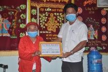 Cụ bà 90 tuổi thiện tâm giúp người nghèo, ủng hộ 2 triệu đồng chống dịch
