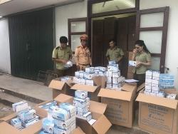 Bắt vụ vận chuyển 1 triệu chiếc khẩu trang y tế lậu ở Quảng Bình