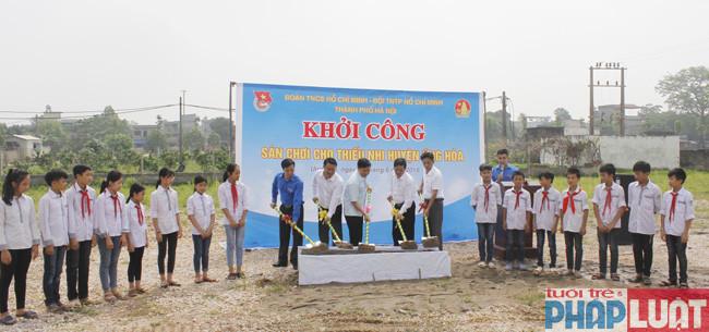 Thành đoàn - Hội đồng Đội TP khởi công sân chơi tặng thiếu nhi xã Tảo Dương Văn (huyện ứng Hòa)