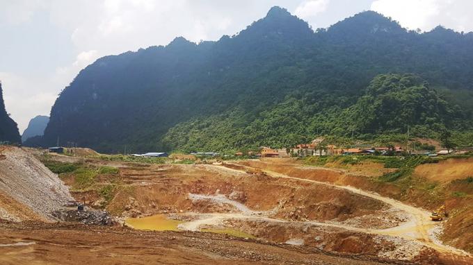 Công ty Cổ phần Đầu tư xây dựng và Khai thác khoáng sản Thăng Long cần sớm khắc phục khu vực đã đổ thải, trồng rừng phục hồi môi trường.