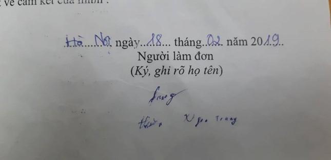 Chữ ký của anh Trung trong lá đơn hiến tặng giác mạc
