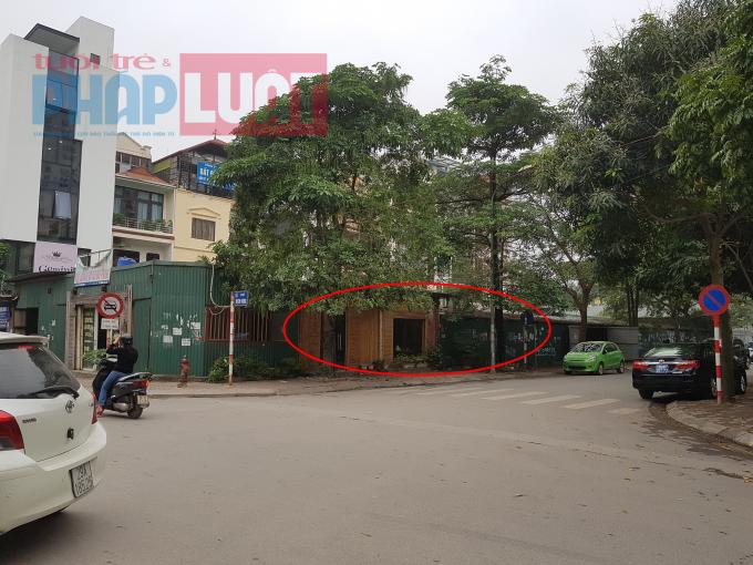 Quán cafe, bãi đỗ xe tạm tại vị trí K6-3/P2.