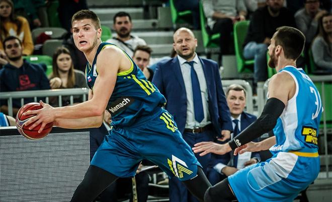 Slovenia không thể dự World Cup bóng rổ 2019. Sau năm 2017 thành công với chức vô địch châu Âu, tuyển bóng rổ Slovenia gây thất vọng ở vòng loại World Cup 2019, diễn ra tại Trung Quốc vào mùa hè năm 2018. Họ đứng chót trong bảng đấu sáu đội với ba chiến thắng và chín trận thua.