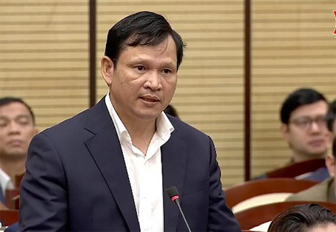 Ông Vũ Đại Phong, Chủ tịch UBND quận Hai Bà Trưng giải trình về các vi phạm.