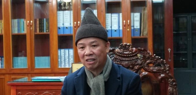 Thược tọa Thích Thanh Quyết chia sẻ với báo chí về vụ việc tại chùa Ba Vàng
