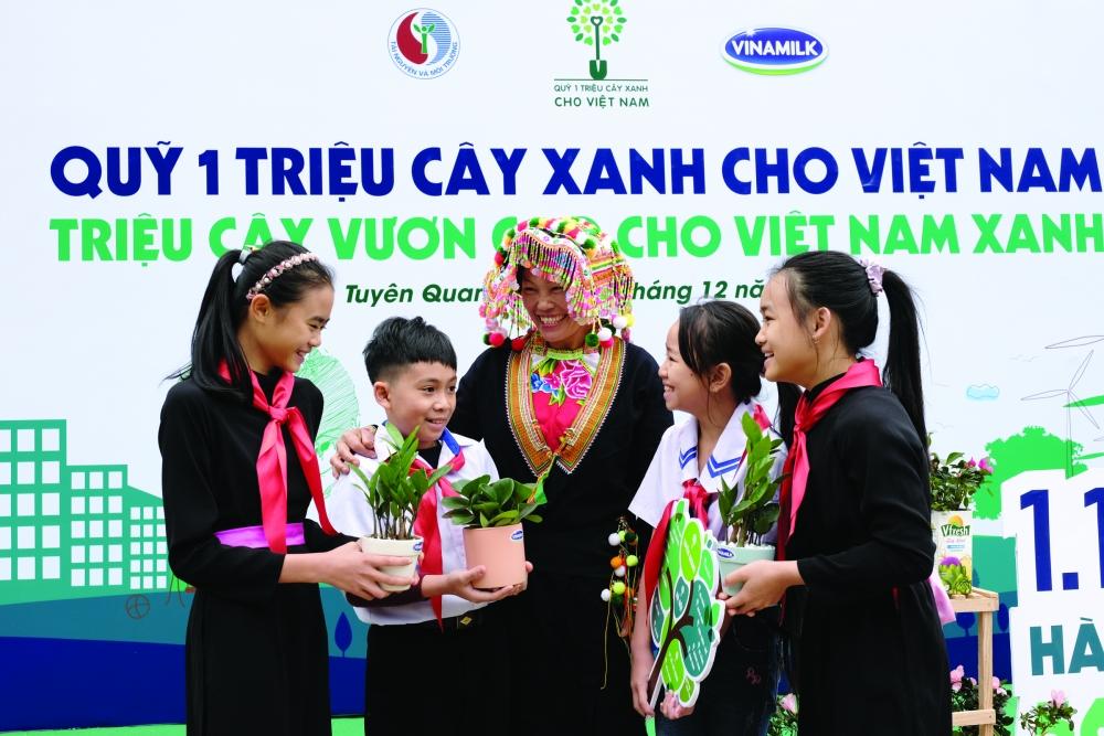 Quyết tâm với mục tiêu trồng 1 triệu cây xanh cho Việt Nam