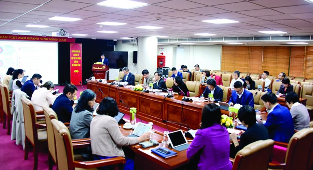 Ban lãnh đạo Vietinbank tham dự buổi họp thông qua định hướng chiến lược phát triển giai đoạn 2021 - 2030, tầm nhìn đến năm 2045 và kế hoạch kinh doanh trung hạn 2021 - 2023