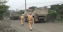 Ninh Bình: Cầu Dưỡng Thượng trước nguy cơ đổ sập do xe quá tải của DN Xuân Trường
