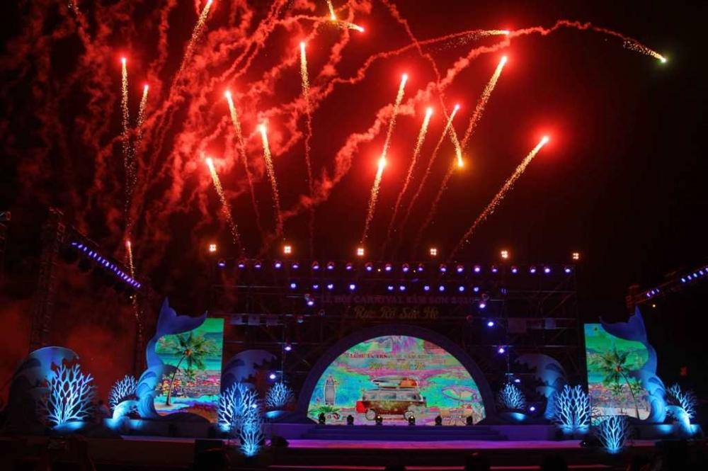 Phó Thủ tướng đồng ý cho bắn pháo hoa tại Lễ hội du lịch biển Sầm Sơn 2021
