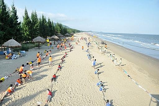 Thanh Hóa: Dừng tổ chức lễ khai mạc du lịch biển Hải Hòa và Hải Tiến