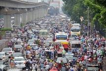 Hà Nội ưu tiên sử dụng xe buýt để giảm thiểu ùn tắc giao thông