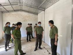 Giám đốc Công an tỉnh Thanh Hóa kiểm tra tiến độ xây nhà tình nghĩa tại huyện Mường Lát