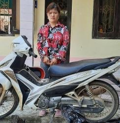 Thanh Hóa: Bắt giữ nữ đối tượng vận chuyển hai cá thể động vật hoang dã
