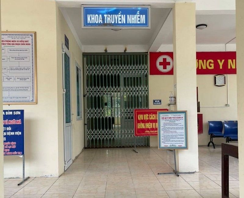 Thanh Hóa: Bác sĩ Bệnh viện đa khoa Bỉm Sơn đỡ đẻ thành công cho sản phụ đang bị cách ly