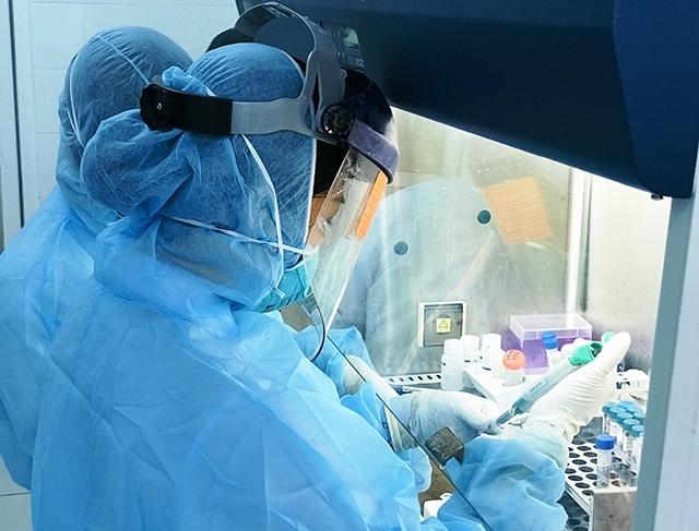 Thanh Hóa tiến hành xét nghiệm SARS-COV-2 cho người lao động trên địa bàn tỉnh