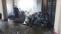 Chợ cá Minh Lộc ở Thanh Hóa bất ngờ bốc cháy