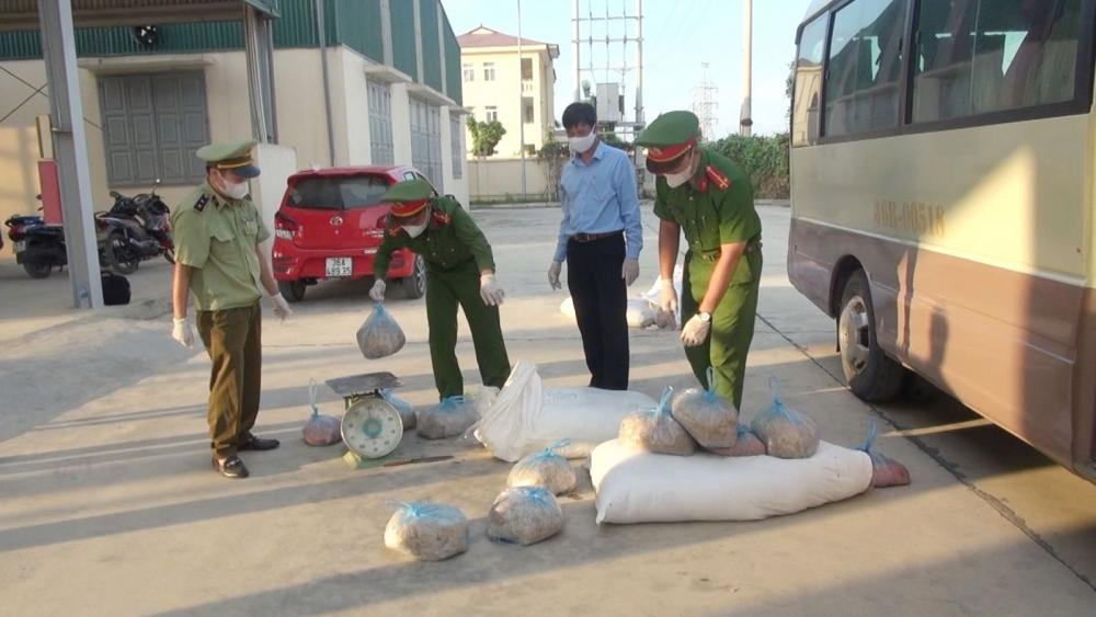 Thanh Hóa: Bắt giữ xe chở hơn nửa tấn thịt lợn bẩn