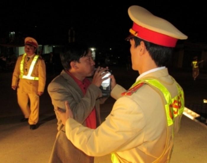 Tháng 7 xử phạt hơn 10.300 trường hợp vi phạm luật giao thông ở Thanh Hóa