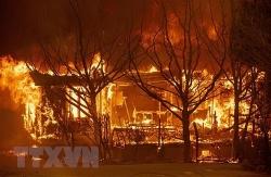 Mỹ: Hỏa hoạn tiếp tục lan nhanh tại bang California