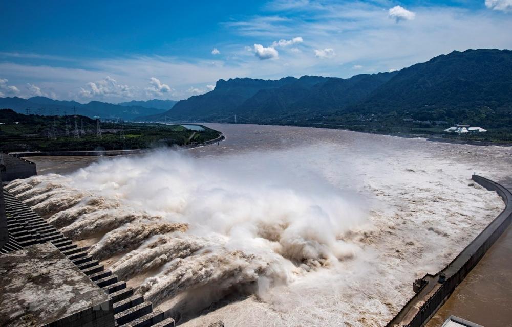 Trung Quốc: Lũ sông Dương Tử đẩy mực nước đập Tam Hiệp lên đỉnh mới