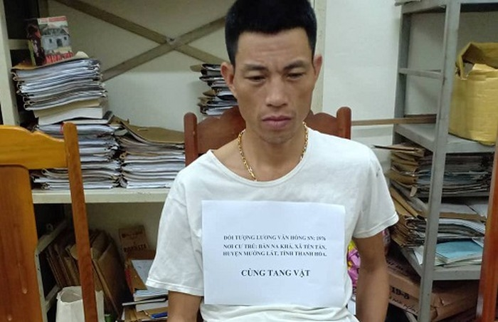 3 tien an van van chuyen thue 1kg ma tuy