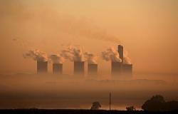 Các công ty đa quốc gia chiếm gần 1/5 lượng khí thải CO2 toàn cầu