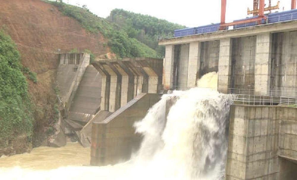 Hàng loạt Nhà máy thủy điện xả lũ