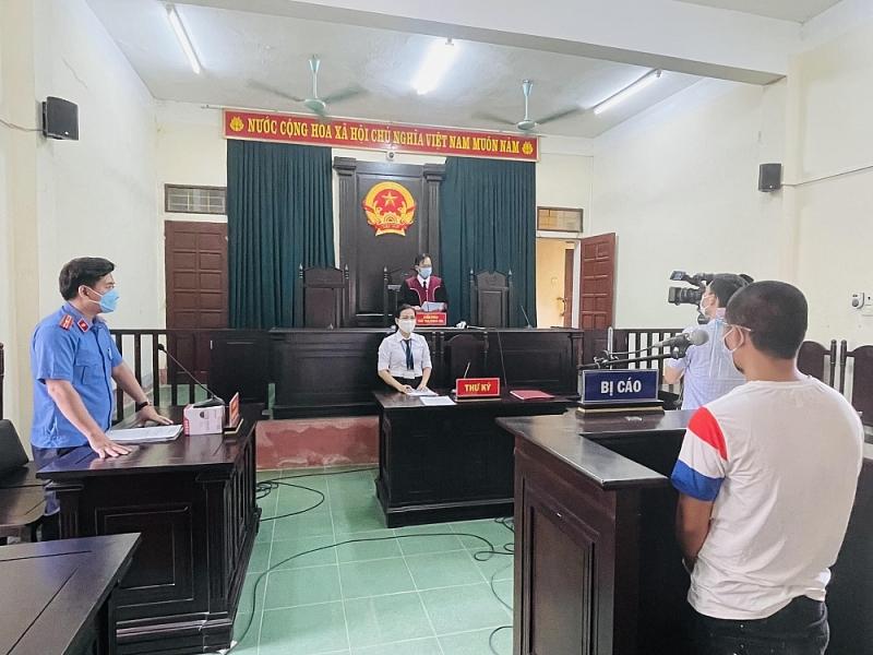 Thanh Hóa: 15 tháng tù giam cho đối tượng vượt chốt kiểm soát dịch Covid-19