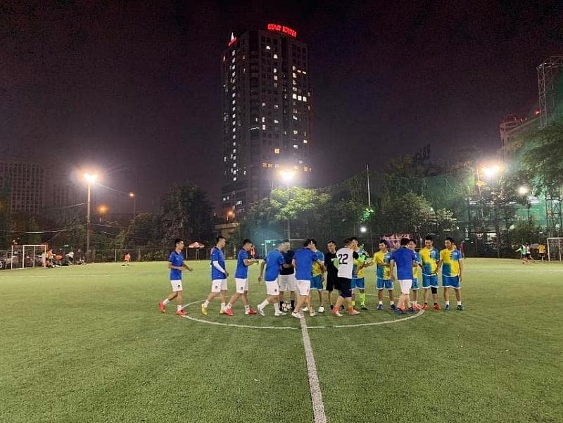Giao hữu bóng đá Đoàn thanh niên: Báo Tuổi trẻ Thủ đô gặp Công an quận Cầu Giấy