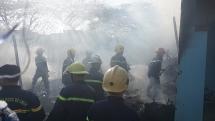 Đà Nẵng: Cháy lớn tại lán trại xây dựng trong ngày 29 Tết