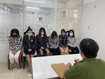 Đà Nẵng: Triệt phá đường dây bán dâm phục vụ khách ngoại quốc qua Faceboook