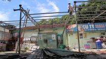 Đà Nẵng: Tháo dỡ hàng loạt quán tạm trái phép quanh khu vực Cầu Rồng