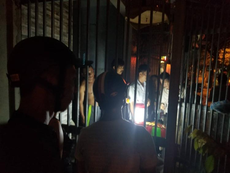 Đà Nẵng: Nam sinh Lớp 11 bất ngờ bị điện giật tử vong trong đêm