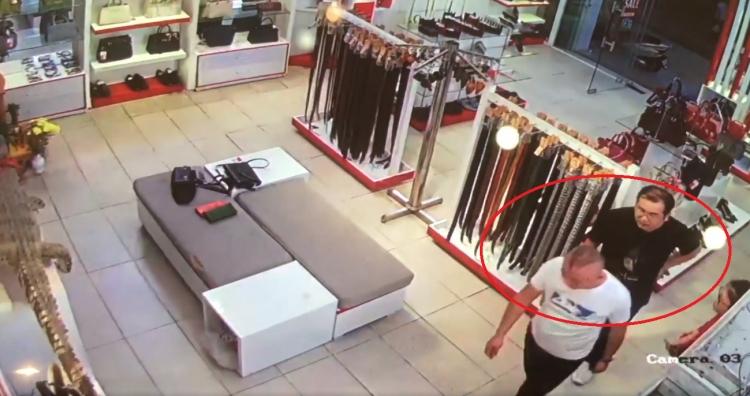 """2 đối tượng nghi người Trung Quốc """"nhặt"""" thẻ tín dụng rồi mang đi mua sắm"""
