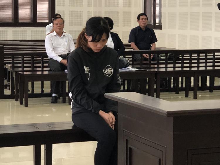 Đà Nẵng: Chiếm đoạt sổ tiết kiệm của gia chủ, nữ phụ bánh tráng lãnh án tù
