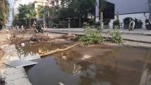 CLIP: Hơn 60 tuyến đường ven biển Đà Nẵng bị xới tung vì dự án thoát nước thải