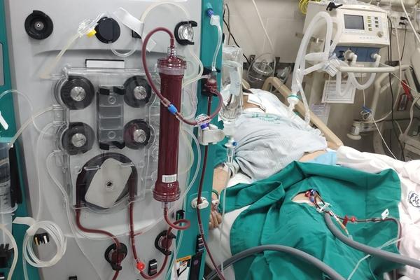 Nữ bệnh nhân nguy kịch vì bỏ điều trị ăn thực dưỡng đã tử vong